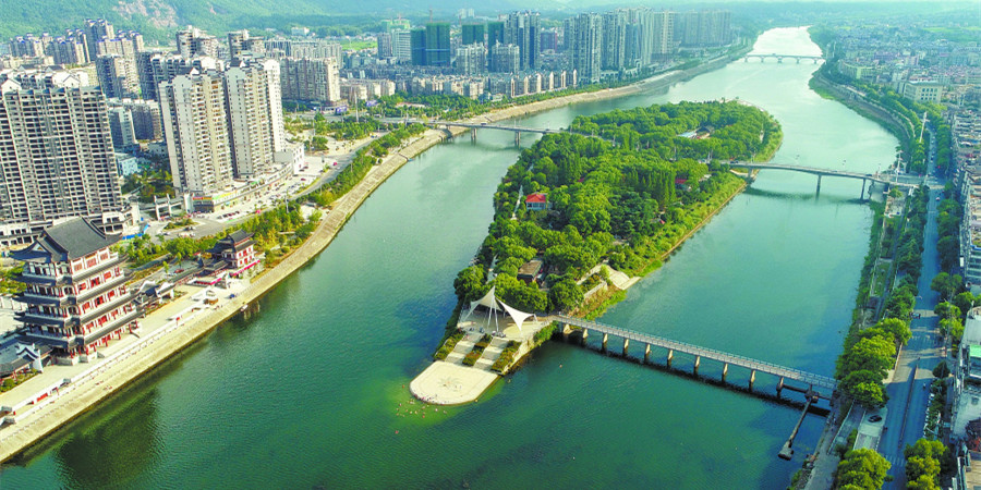 水清岸绿涟水河