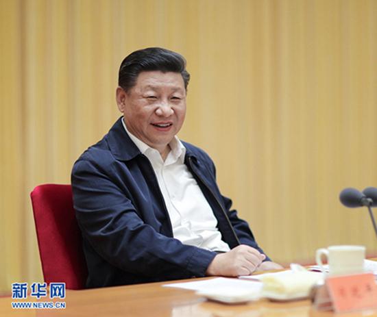 8月21日至22日,全国宣传思想工作会议在北京召开。中共中央总书记、国家主席、中央军委主席习近平出席会议并发表重要讲话。 新华社记者鞠鹏摄