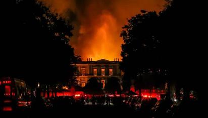 国博大火灭了 巴西人的怒火旺了