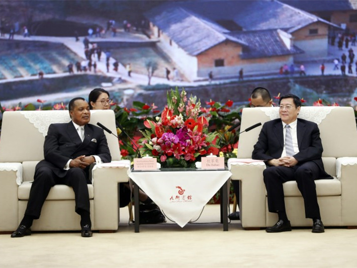 刚果共和国总统德尼・萨苏-恩格索访湘 杜家毫许达哲会见