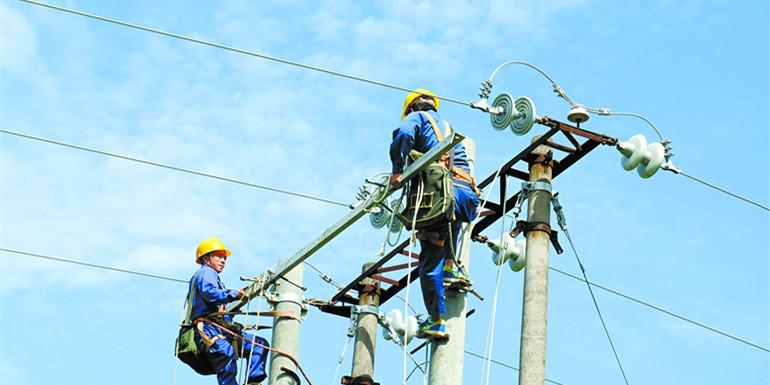国庆假期电网建设施工忙