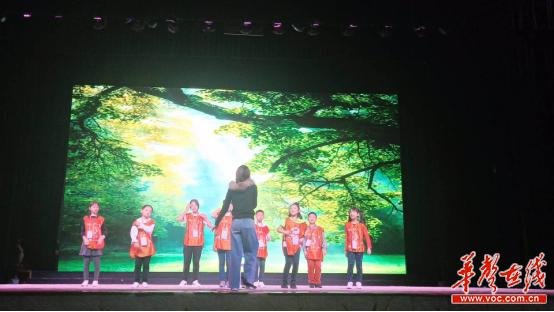 我为戏剧狂 湖南益阳国庆假期上演少儿戏剧盛宴