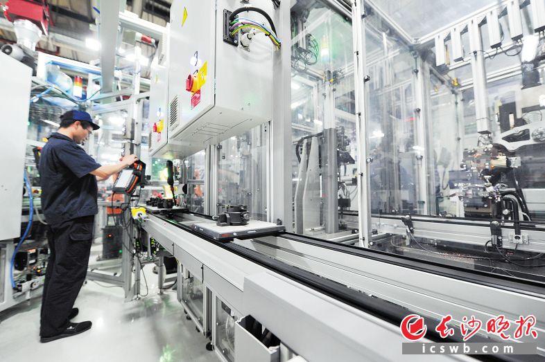 博世全新工业4.0生产线 。王志伟 刘晓东 摄