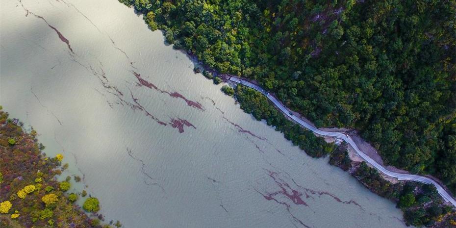 西藏疏散撤離雅魯藏布江堰塞湖受災群眾6000多人