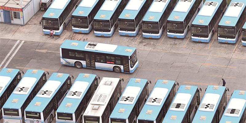 """长沙县城区公交车实现柴油公交""""清零"""""""