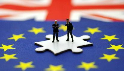 英国脱欧协议闯过了内阁关,但前景仍不妙