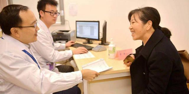 在家门口就能看湘雅名医 湘雅常德医院举行大型义诊活动