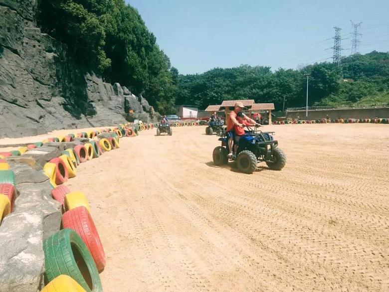 淘乐谷沙滩车