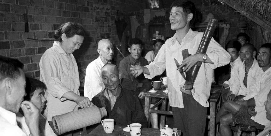 【镜观其变——庆祝改革开放40年】民俗表演:从娱乐演唱到传承创新