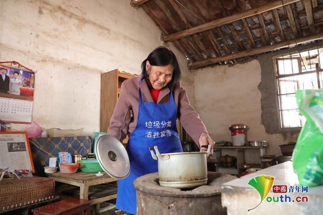 """""""早餐奶奶""""毛师花:二十七年不变的""""温度"""""""