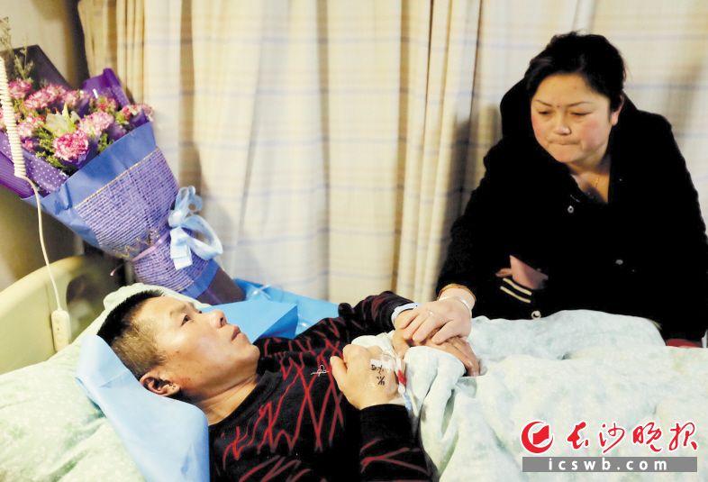 经过全力抢救,肖日云目前伤情稳定,正在接受进一步治疗。 长沙晚报全媒体记者 邹麟 摄