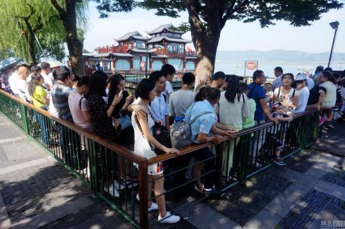 春节黄金周湘西州旅游收入破十亿元