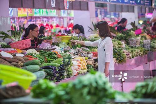 春节期间永州市场商品供应充足