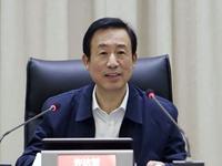 许达哲:提升政务服务效能营造良好营商环境