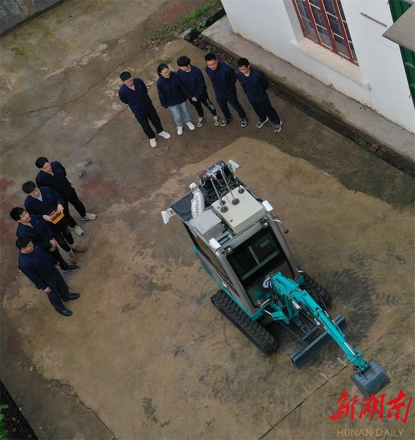 南华大学成功研发出核设施应急抢险与作业装备 新湖南www.hunanabc.com