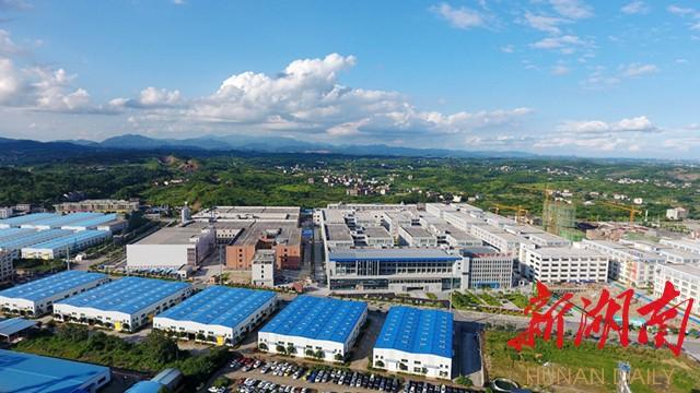 [邵阳] 邵阳沪昆高速百公里工业走廊基本建成 入园企业近两千家 新湖南www.hunanabc.com