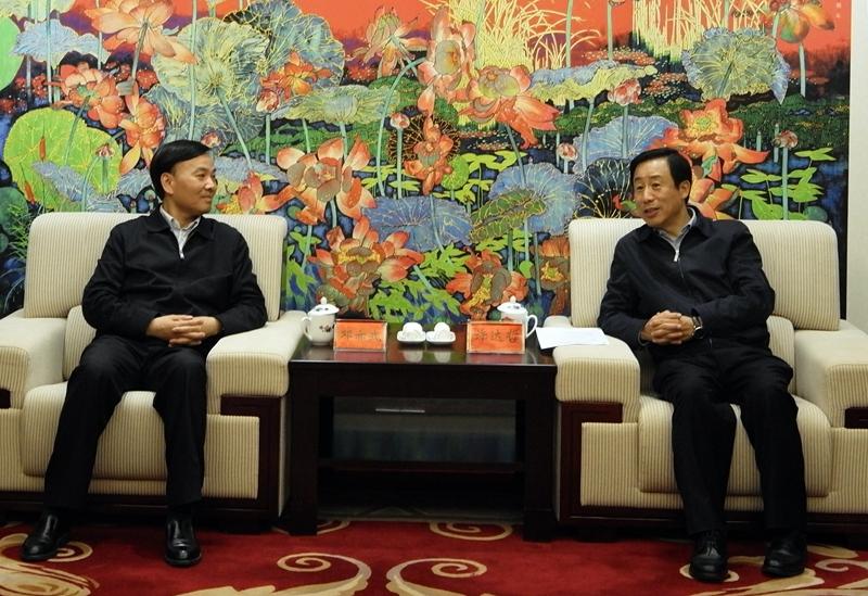 湖南省政府与中储粮集团公司举行会谈 许达哲出席