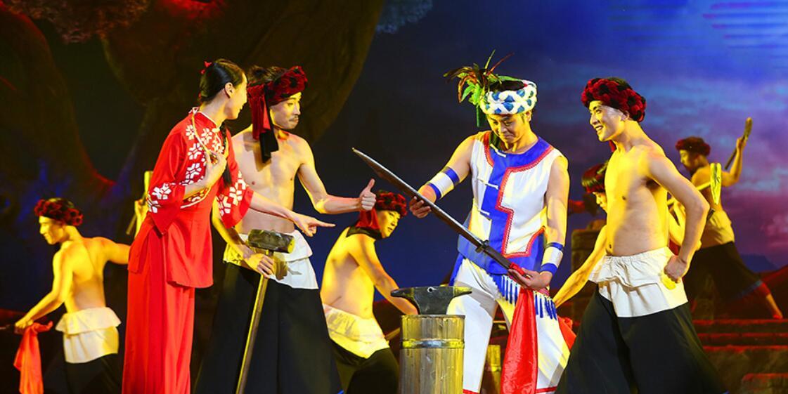 大型红色民族舞剧《马桑树下》在京上演