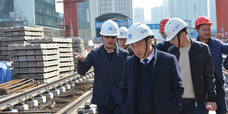 """【我和地铁4号线】陈俊:创造三项""""提前""""的执行指挥长"""