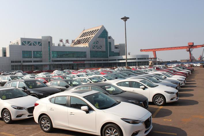 城陵矶港商品车滚装业务迎爆发式增长