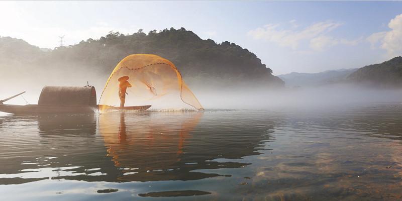 小东江进入最佳观雾期