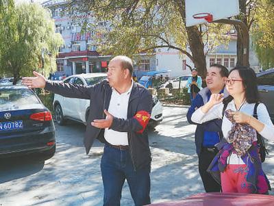 天津市蓟州区穿芳峪镇毛家峪村党支部书记、村委会主任李锁