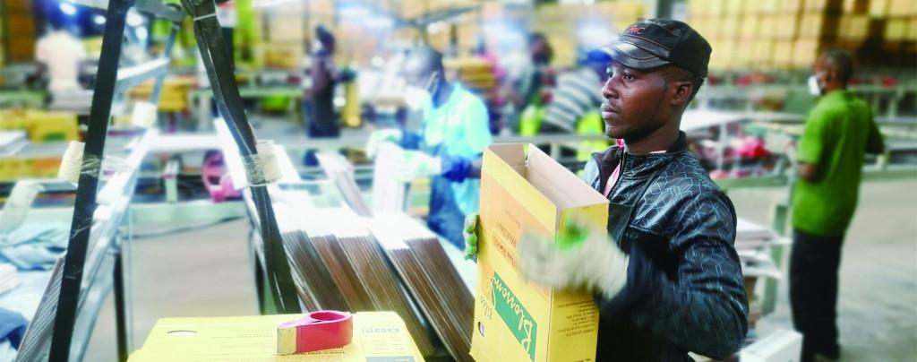 96%的员工是肯尼亚人——中国在东非投资最大陶瓷厂见闻
