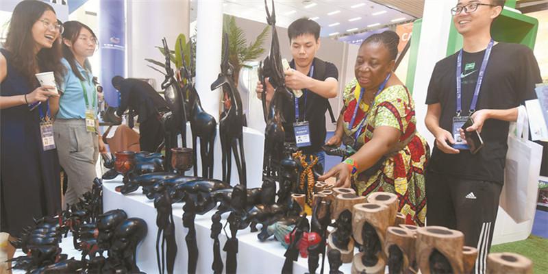选购非洲木制工艺品
