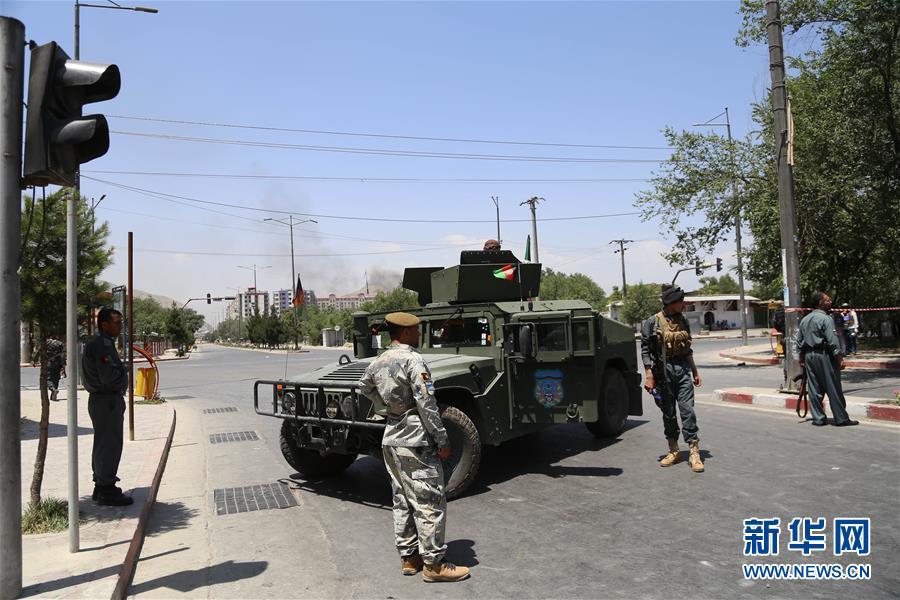 (国际)(2)阿富汗首都遭爆炸袭击34人死亡