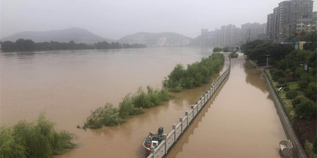 衡东县城洪峰平安过境