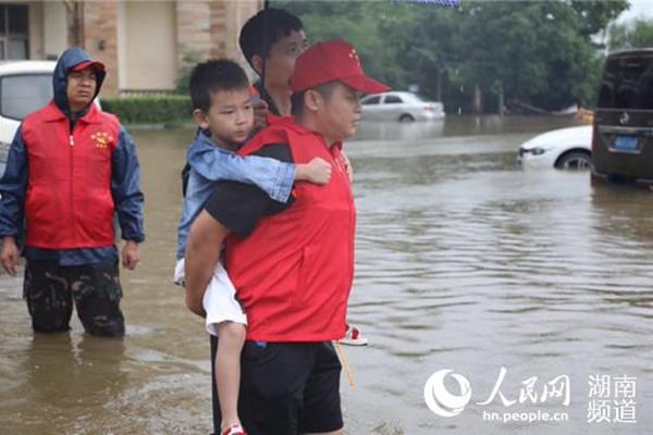 衡阳添了一抹红   城市有了主人翁 新湖南www.hunanabc.com
