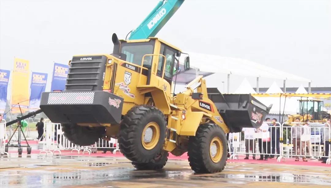 """""""中国新制造"""":湖南工程机械走向世界 新湖南www.hunanabc.com"""