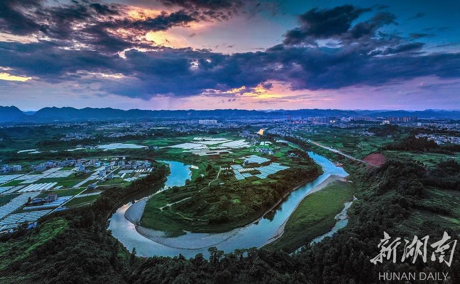 河长制让河流更美丽 新湖南www.hunanabc.com