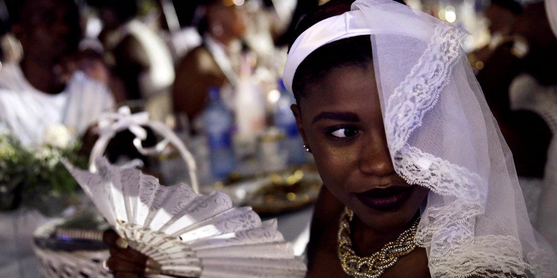 """海地舉辦""""白色晚宴"""""""