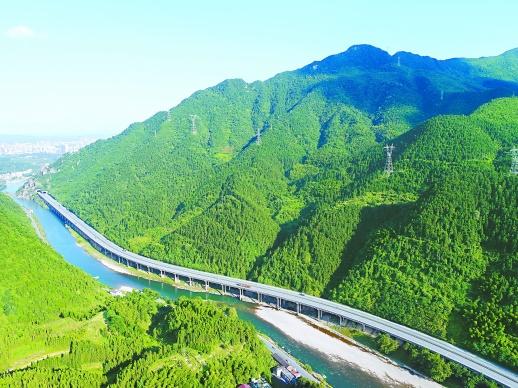 岁月留痕 大地印记丨沪昆高速湖南段:交通大动脉 托起腾飞梦