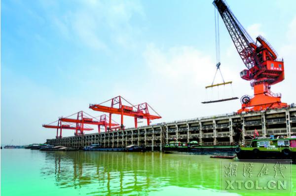 """湘钢造""""超级水电钢""""首次批量供货 创下两项世界之最"""