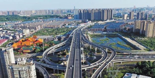 [一周湖南]湖南5市入选中国城市发展潜力百强 八月长沙降冰雹
