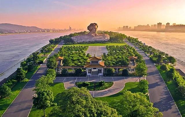 创新湖南 融入世界——外交部向全球推介湖南