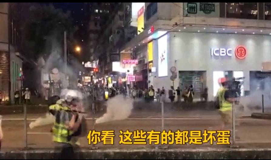 [湘视频·目击香港]面对暴徒,这位香港大姐这么说……