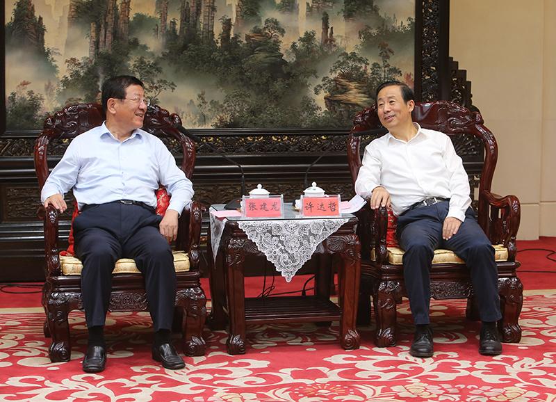 湖南省政府与国家林草局举行会谈 许达哲张建龙出席