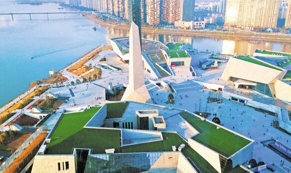 青春之城——谨以此文献给中华人民共和国成立70周年