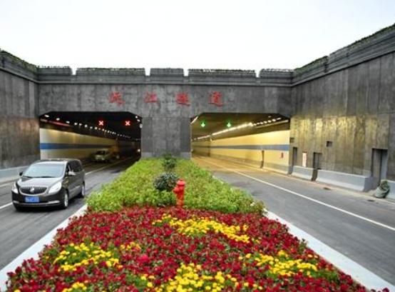 """""""千里沅江第一隧""""常德沅江隧道16日通车 最快5分钟过江"""