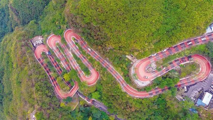 颜值爆表!百年公路奇观湘西矮寨盘山公路变成彩色了!