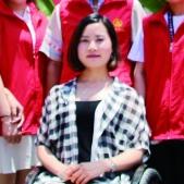 杨淑亭:坐着轮椅歌舞青春