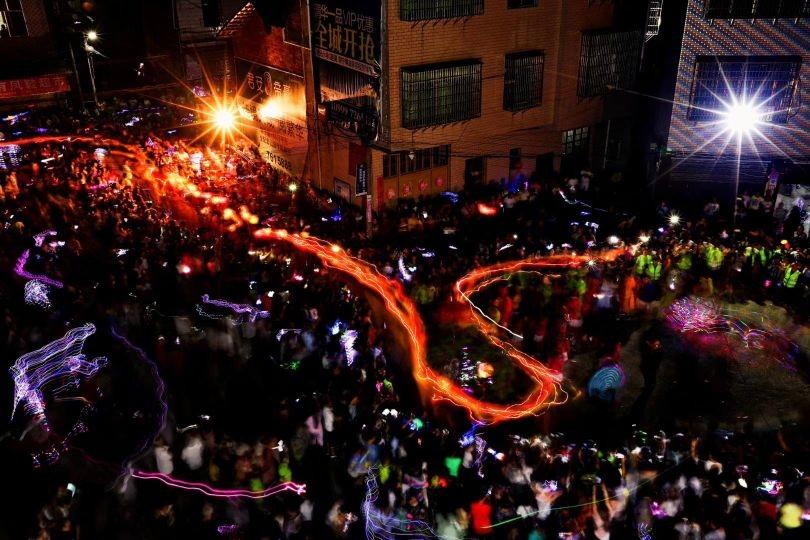 荷叶灯舞庆团圆 新湖南www.hunanabc.com