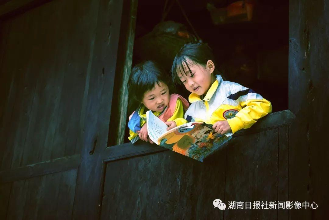 梁永鸿:抓拍瞬间的感动 新湖南www.hunanabc.com
