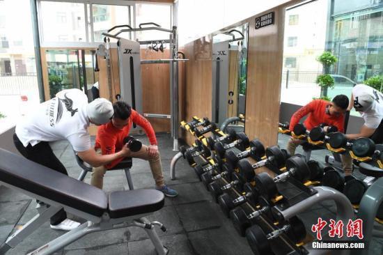 """兰州市一居民区的一座""""共享健身舱。<a target='_blank' href='http://www.chinanews.com/'>中新社</a>记者 杨艳敏 摄"""