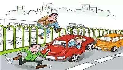 18日起长沙交警严查行人闯红灯、随意过马路等交通违法