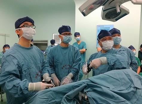 """微创外科手术直播""""玩""""出新高度,累计直播100台手术"""
