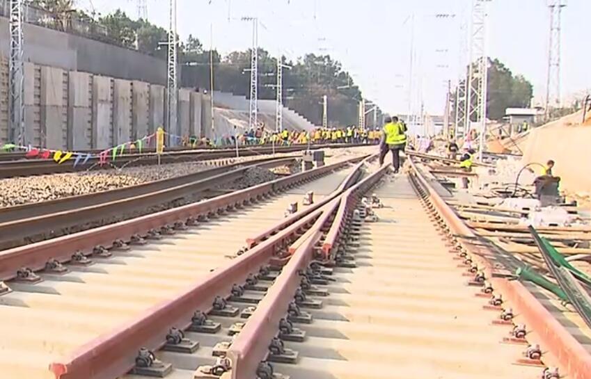 乌山联络线下月开通 长株潭城铁与石长铁路互通